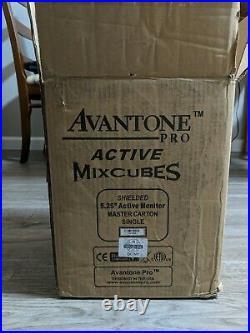 Avantone Pro Active MixCube 5.25 inch Powered Studio Monitor Gloss Black