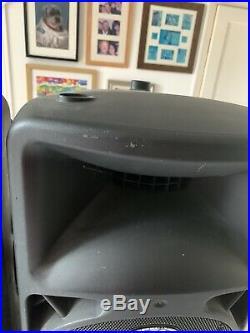 Behringer Eurolive B212D 12 inch PA Speakers