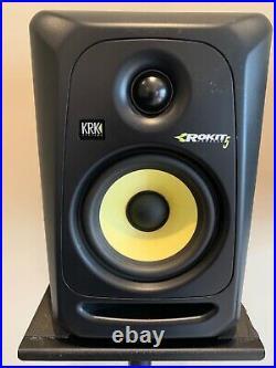 KRK Rokit RP5 G3 5 inch Studio Monitor pair plus monitor stands Black