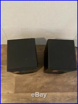 M-Audio BX5 D2 5 inch Powered Studio Monitor Speakers