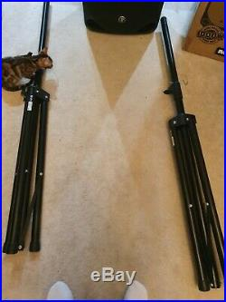 Pair of Mackie Thump 15 Inch 1000W Active Speaker with Stands Leads boxes